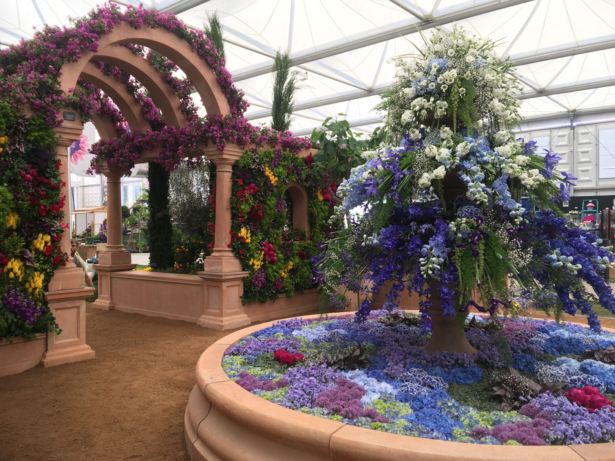 Chelsea flower show 2017 corporate entertainment packages - 05 06 2017